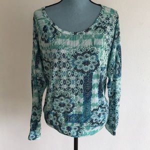 Curious Gypsy pullover top
